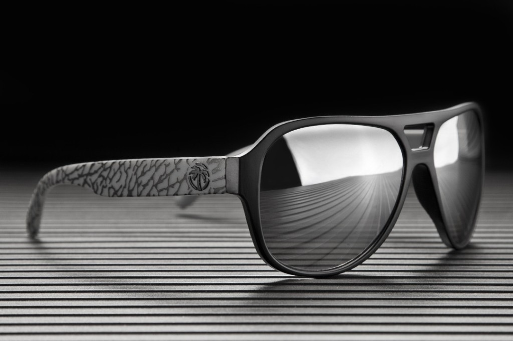 catchy-sunglasses-for-men 21 Amazing Valentine's Day Gifts for Men