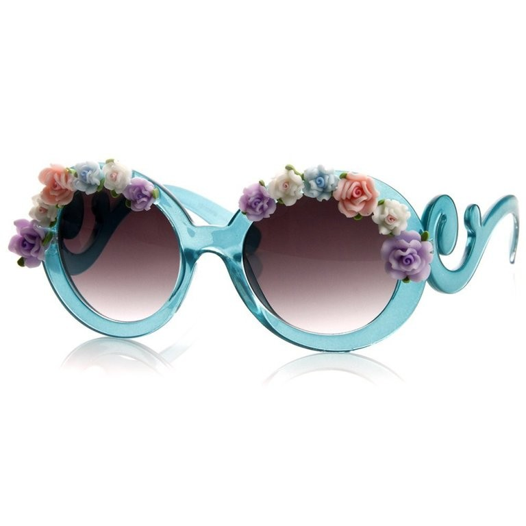 fabulous-sunglasses-2 22 Dazzling Valentine's Day Gifts for Women