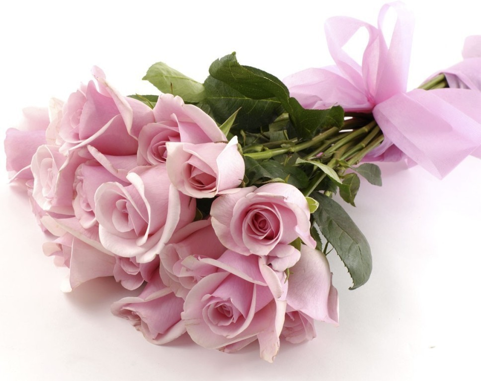fascinating-flowers-1 22 Dazzling Valentine's Day Gifts for Women
