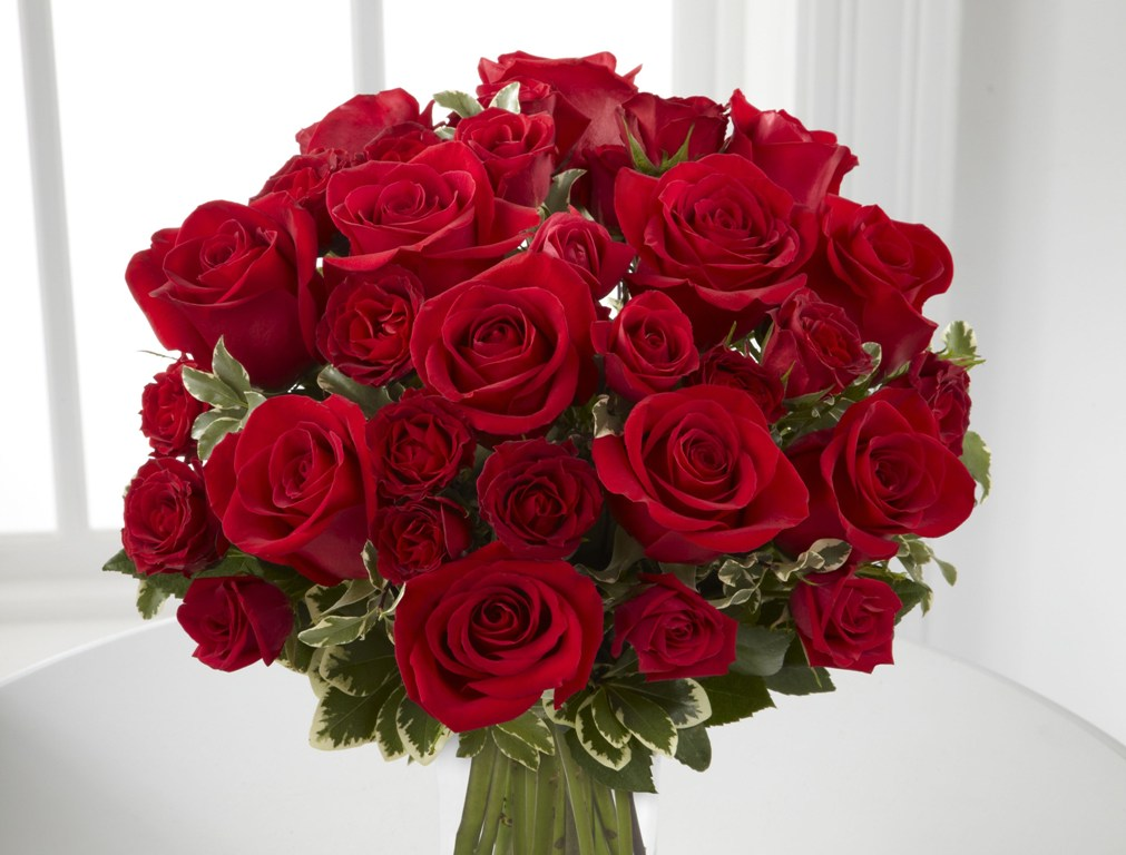 fascinating-flowers-6 22 Dazzling Valentine's Day Gifts for Women