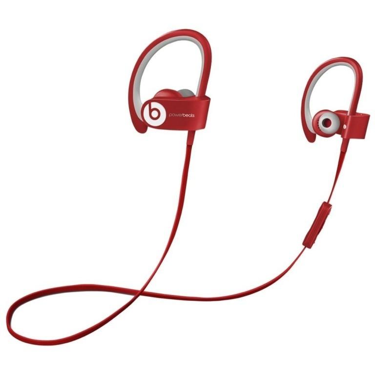 headphones-2 21 Amazing Valentine's Day Gifts for Men