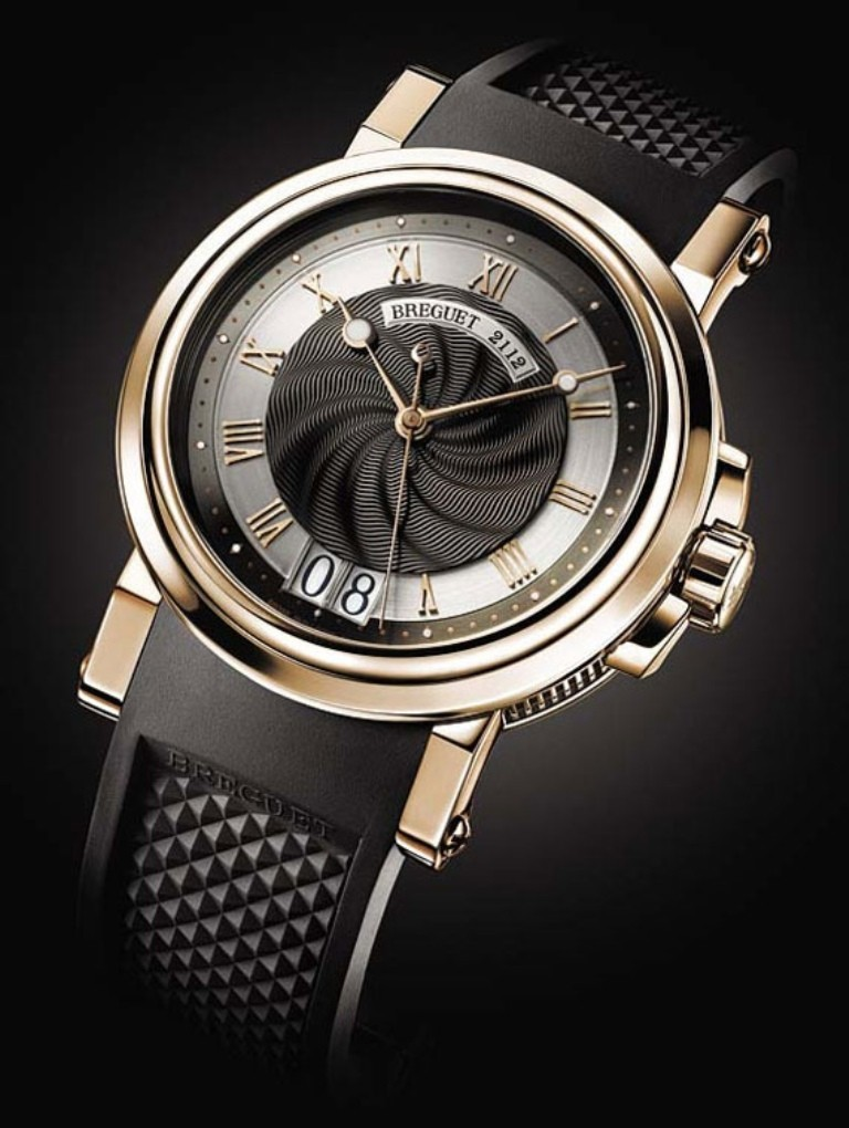 luxury-watch-for-men-4 21 Amazing Valentine's Day Gifts for Men