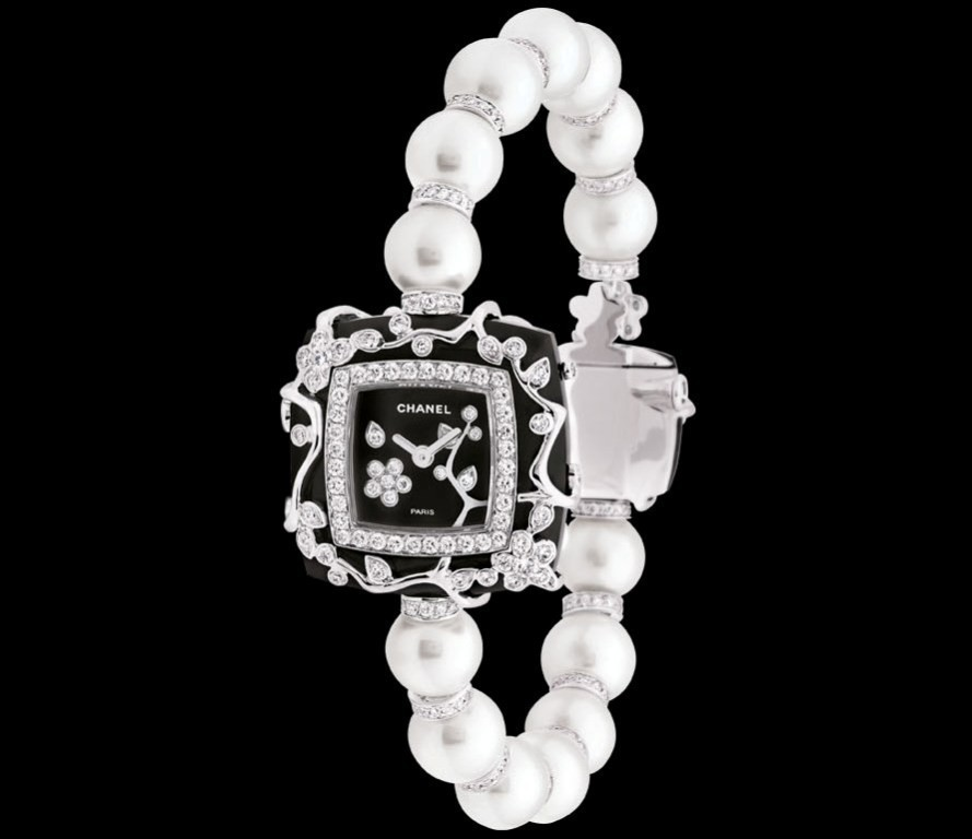 luxury-watch-for-women-7 22 Dazzling Valentine's Day Gifts for Women