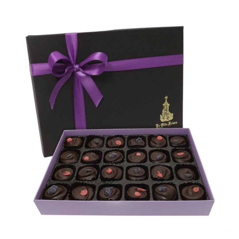 mouthwatering-chocolate-3 22 Dazzling Valentine's Day Gifts for Women
