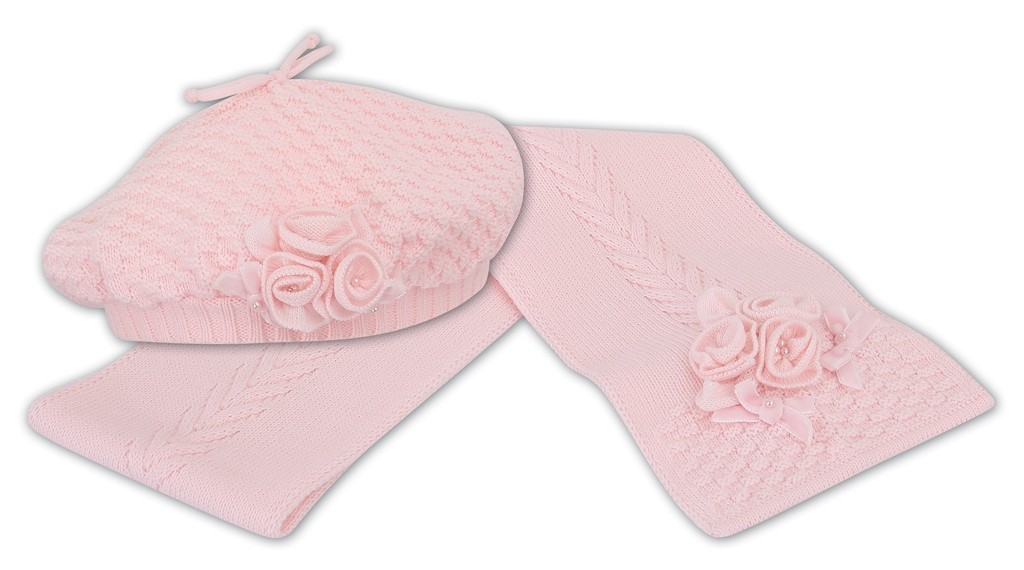 scarf-and-gloves-set-3 22 Dazzling Valentine's Day Gifts for Women