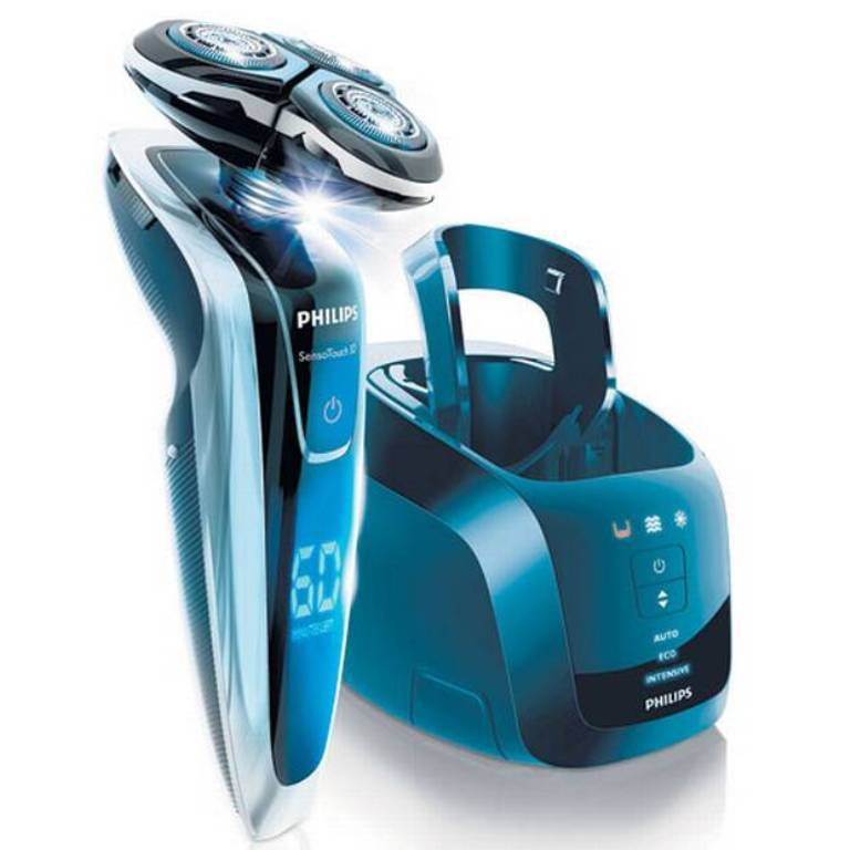 shaver 21 Amazing Valentine's Day Gifts for Men