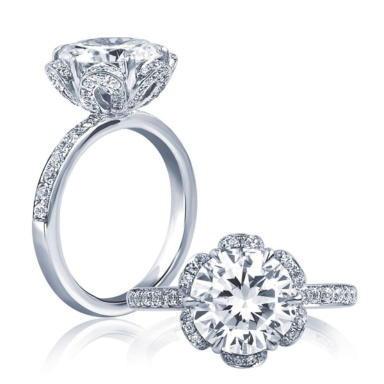 stunning-engagement-ring-11 22 Dazzling Valentine's Day Gifts for Women
