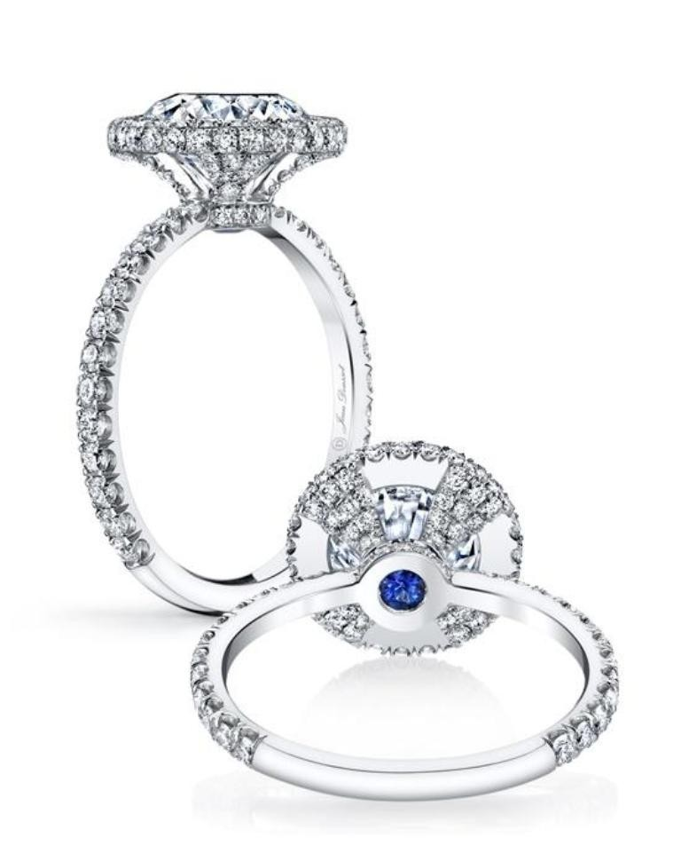 stunning-engagement-ring-12 22 Dazzling Valentine's Day Gifts for Women