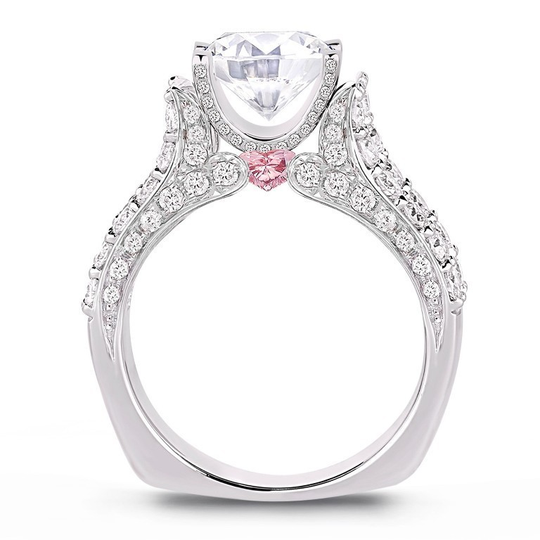 stunning-engagement-ring-15 22 Dazzling Valentine's Day Gifts for Women