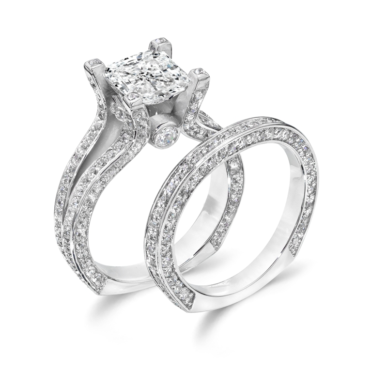 stunning-engagement-ring-17 22 Dazzling Valentine's Day Gifts for Women