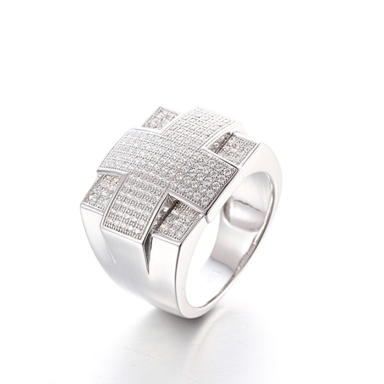 stunning-ring-for-men-2 21 Amazing Valentine's Day Gifts for Men