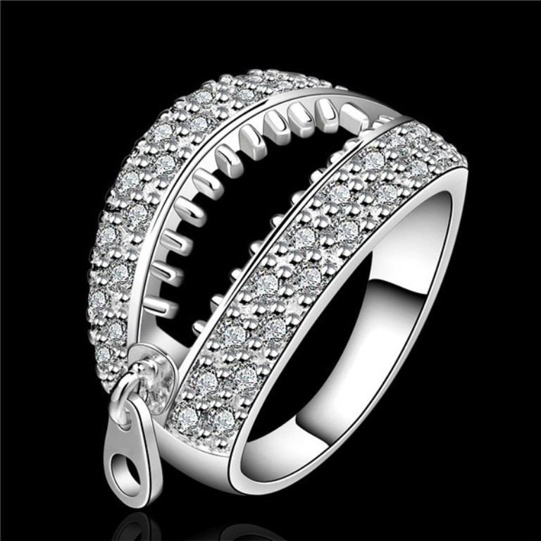 stunning-ring-for-men-4 21 Amazing Valentine's Day Gifts for Men