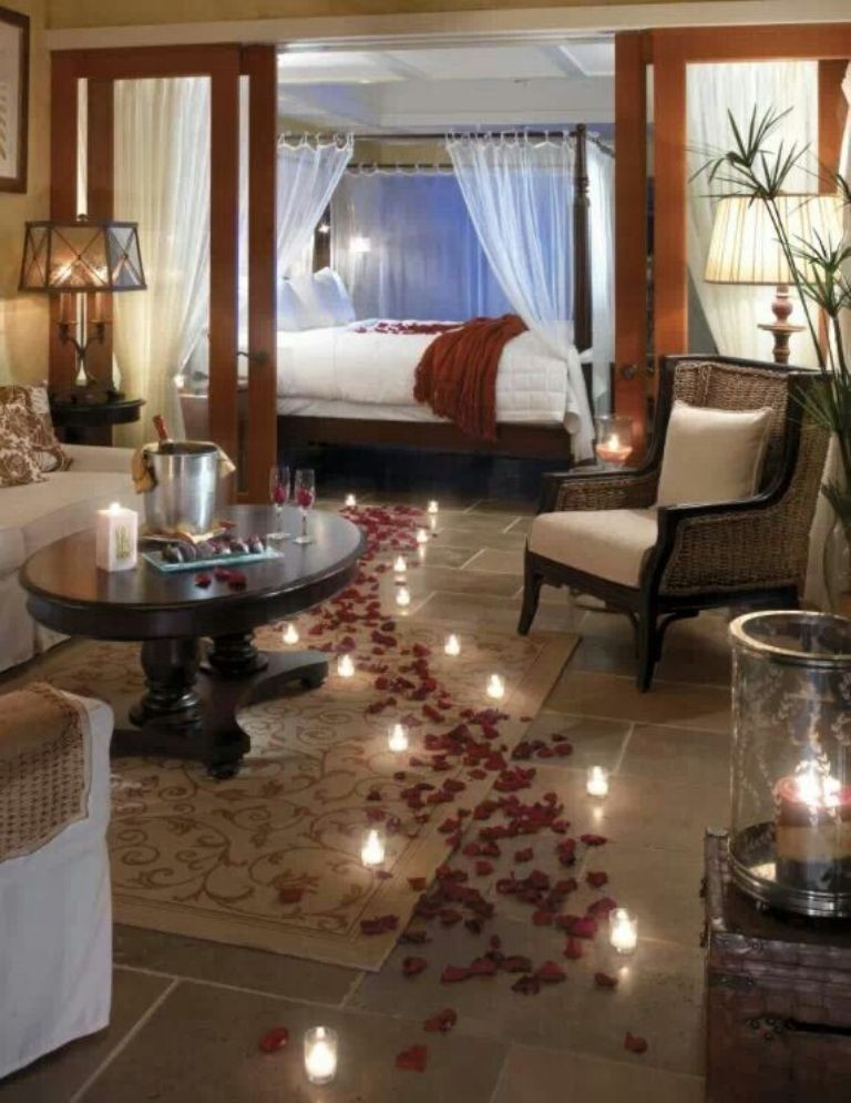 valentines-day-bedroom-decoration-6 61 Awesome Valentine's Day Decoration Ideas