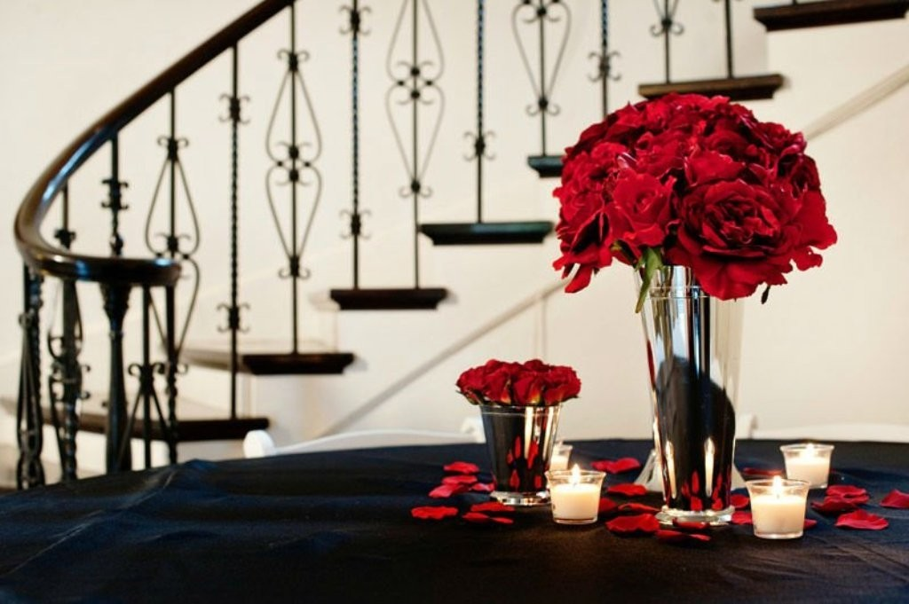 valentines-day-centerpieces-6 61 Awesome Valentine's Day Decoration Ideas