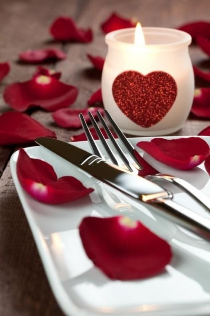 valentines-day-centerpieces 61 Awesome Valentine's Day Decoration Ideas
