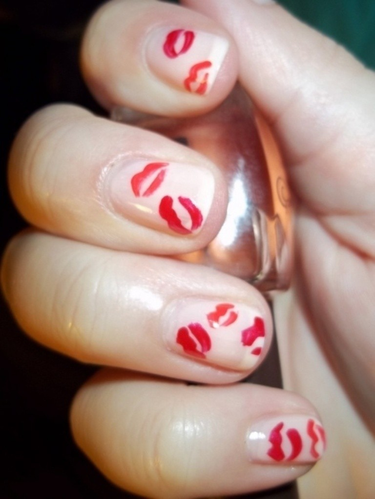 valentines-day-nails-17 89 Most Fabulous Valentine's Day Nail Art Designs