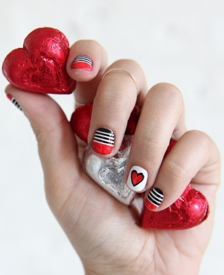 valentines-day-nails-18 89 Most Fabulous Valentine's Day Nail Art Designs