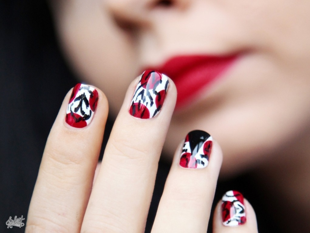 valentines-day-nails-23 89 Most Fabulous Valentine's Day Nail Art Designs