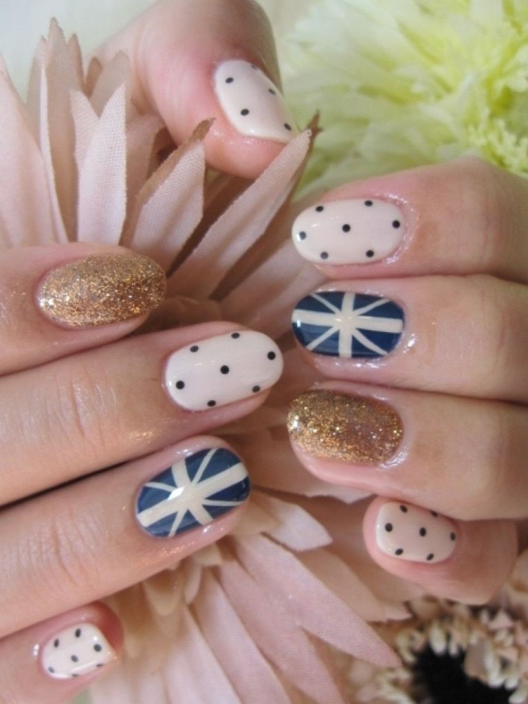 valentines-day-nails-41 89 Most Fabulous Valentine's Day Nail Art Designs