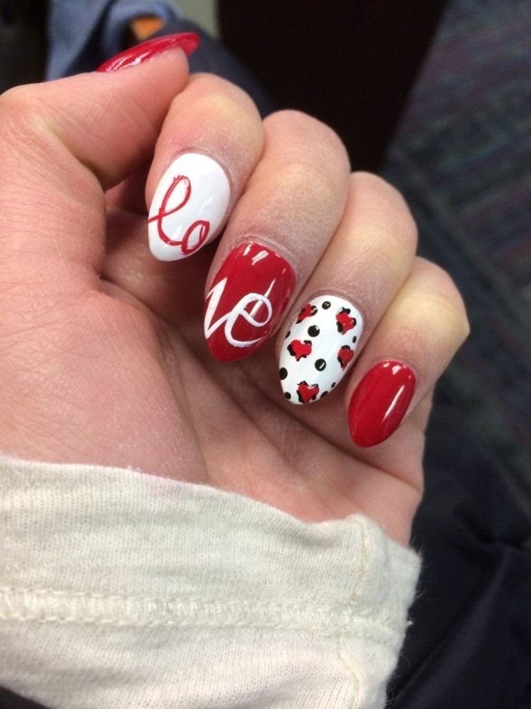 valentines-day-nails-56 89 Most Fabulous Valentine's Day Nail Art Designs
