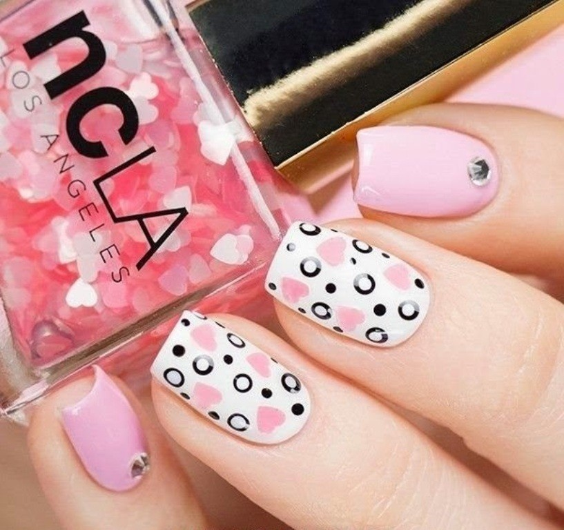 valentines-day-nails-62 89 Most Fabulous Valentine's Day Nail Art Designs