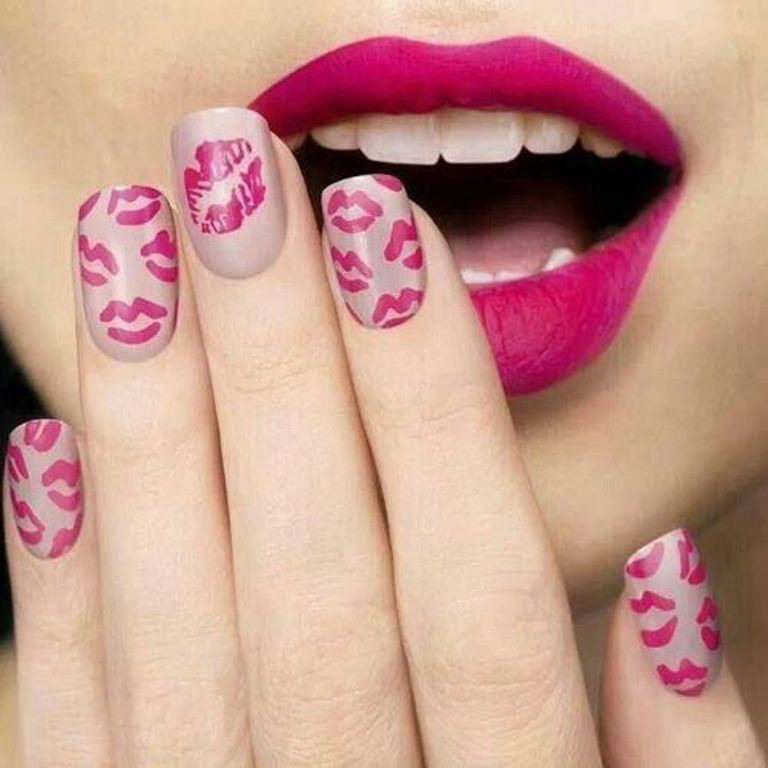 valentines-day-nails-88 89 Most Fabulous Valentine's Day Nail Art Designs