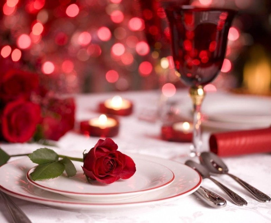 valentines-day-table-decoration-ideas-3 61 Awesome Valentine's Day Decoration Ideas