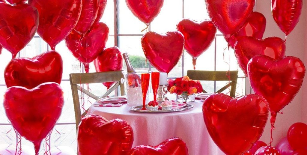 valentines-day-table-decoration-ideas-6 61 Awesome Valentine's Day Decoration Ideas