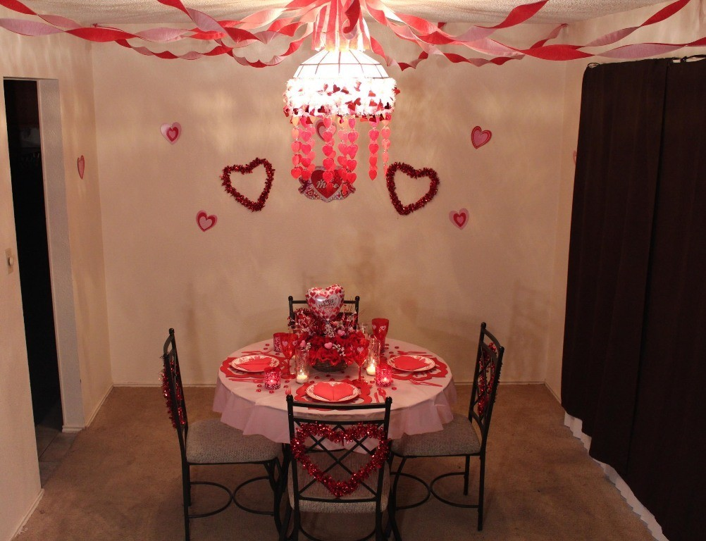 valentines-day-table-decoration-ideas-7 61 Awesome Valentine's Day Decoration Ideas