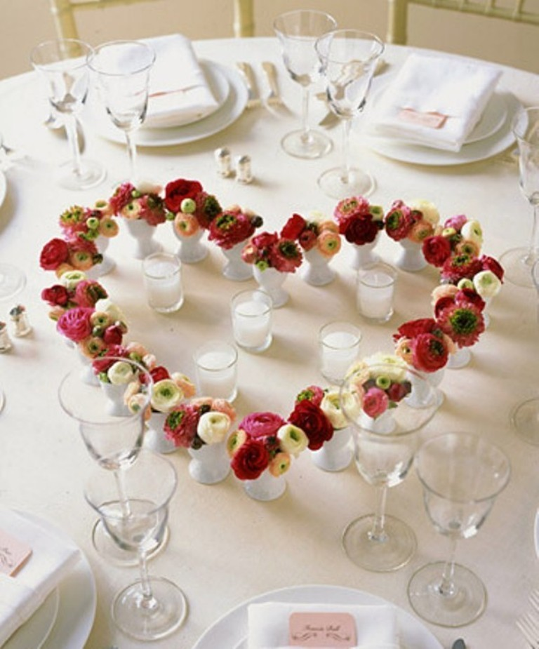 valentines-day-table-decoration-ideas 61 Awesome Valentine's Day Decoration Ideas