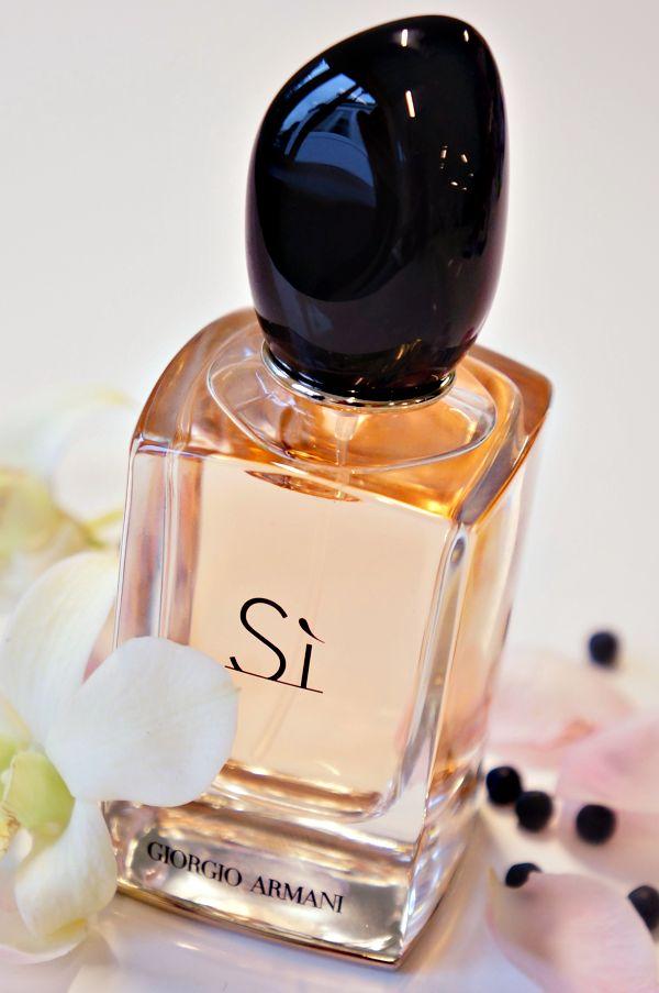 2b7beb9c75656119b3eead8f21594269 Top 5 Best-Selling Women Perfumes