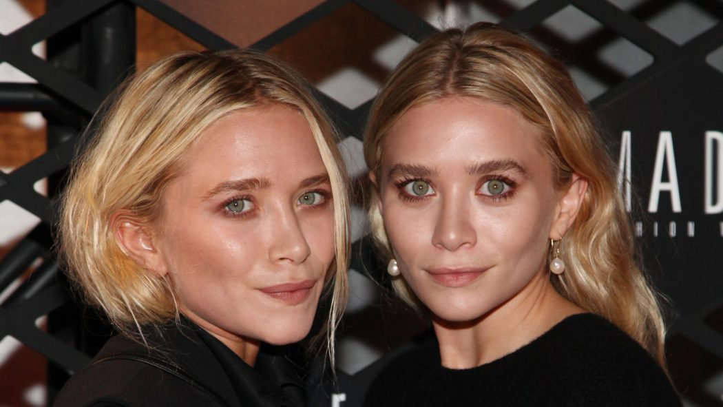 Mary-Kate-and-Ashley-Olsen 5 Celebrities Who Have an Identical Twin