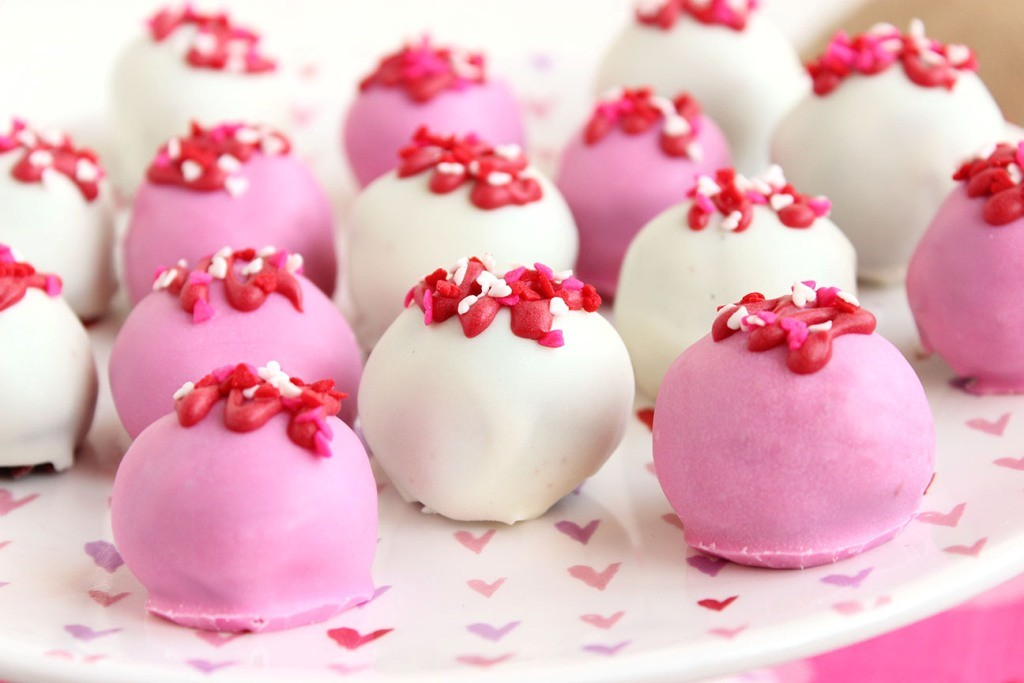 Oreo-Truffles-1 65 Most Romantic Valentine's Day Chocolate Treat Ideas