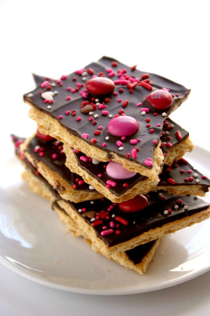 chocolate-bark 65 Most Romantic Valentine's Day Chocolate Treat Ideas