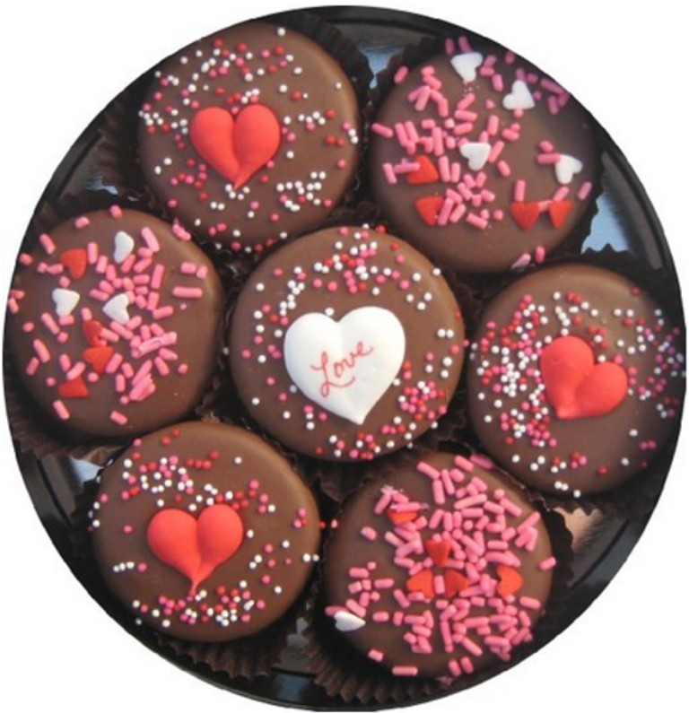 chocolate-covered-oreo-cookies-3 65 Most Romantic Valentine's Day Chocolate Treat Ideas