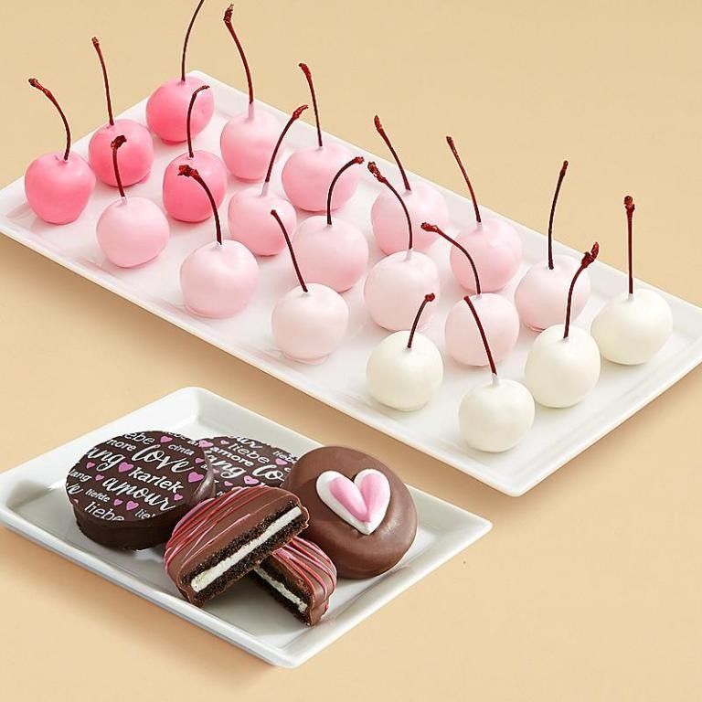 chocolate-covered-oreo-cookies-4 65 Most Romantic Valentine's Day Chocolate Treat Ideas