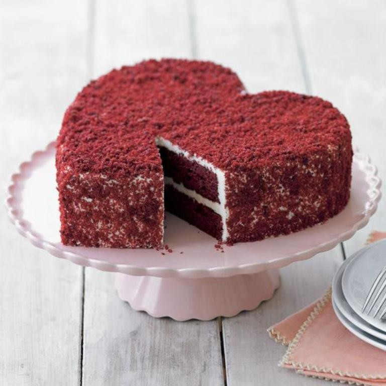 mouth-watering-valentines-day-cake-6 32 Most Romantic Valentine's Day Meals & Recipe Ideas