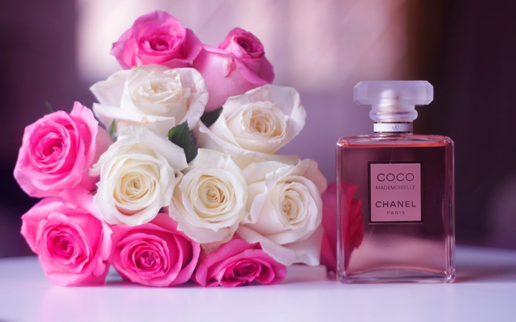 perfumes2 Completely Fashionable Medium Length Hairstyles