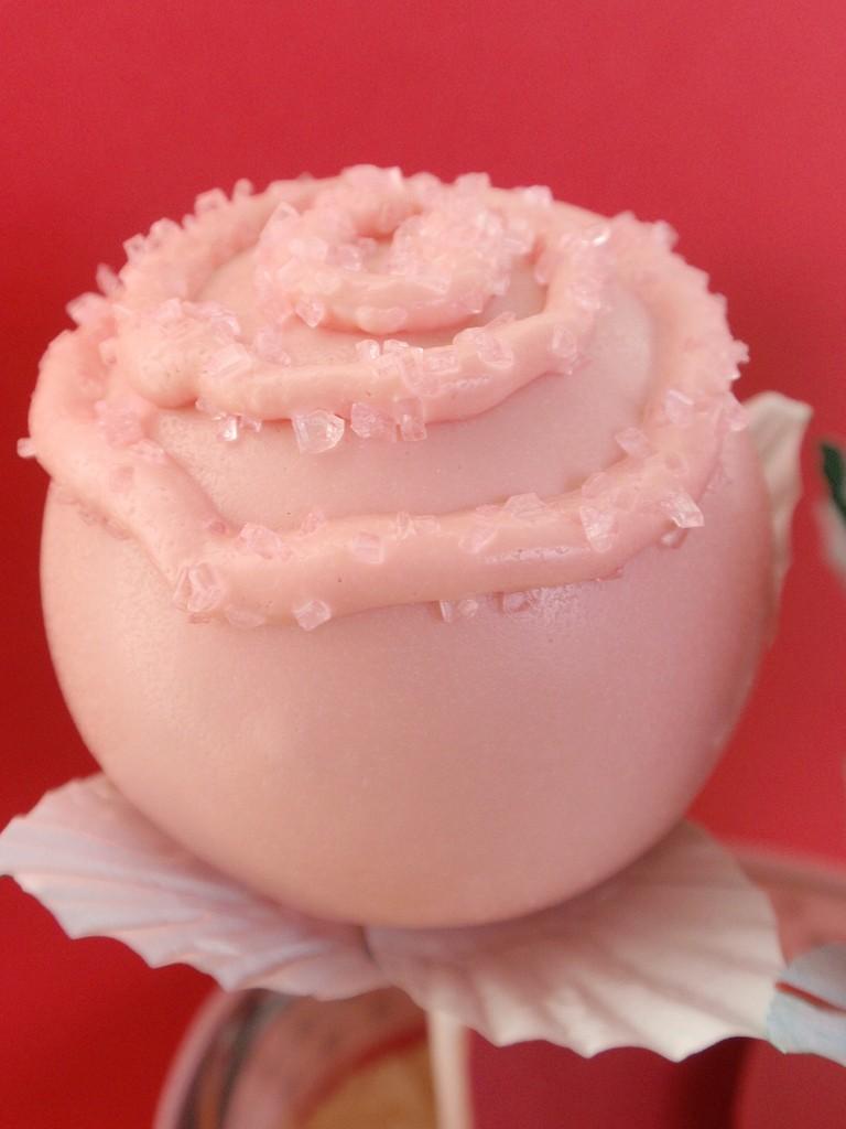 valentines-day-cake-pops-3 65 Most Romantic Valentine's Day Chocolate Treat Ideas