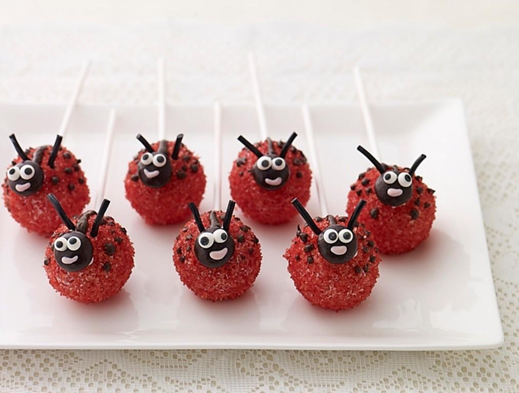 valentines-day-cake-pops-9 65 Most Romantic Valentine's Day Chocolate Treat Ideas