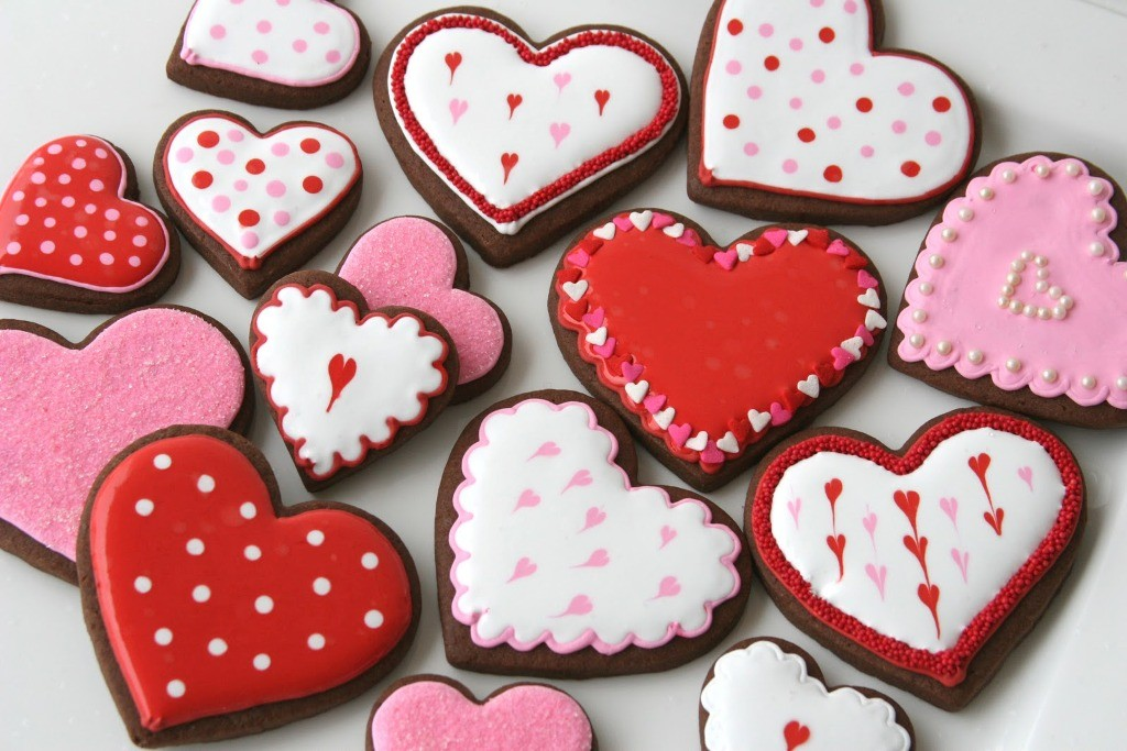 valentines-day-cookies-3 65 Most Romantic Valentine's Day Chocolate Treat Ideas