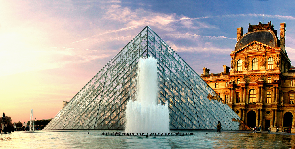 298814187_845aeba5eb_b 5 Places You Must Visit If You Will Travel To Paris
