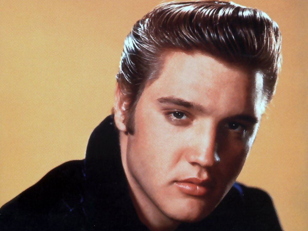 "Elvis-Presley-10 13 Shocking Secrets You Don't Know about ""Elvis Presley"""