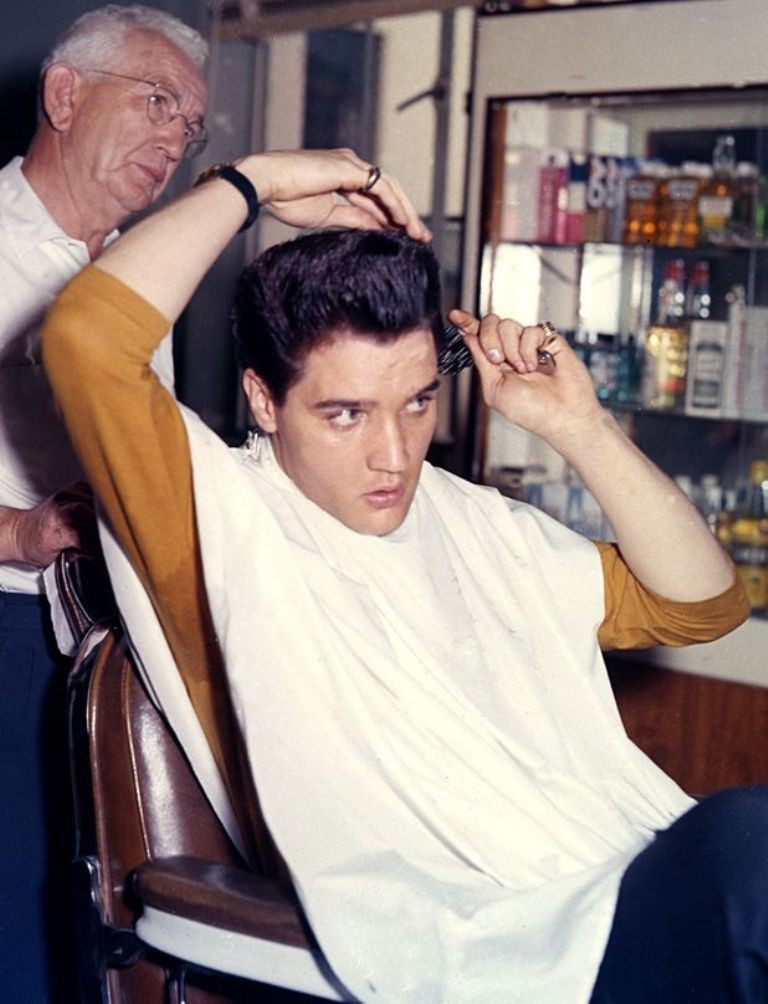 "Elvis-Presley-13 13 Shocking Secrets You Don't Know about ""Elvis Presley"""