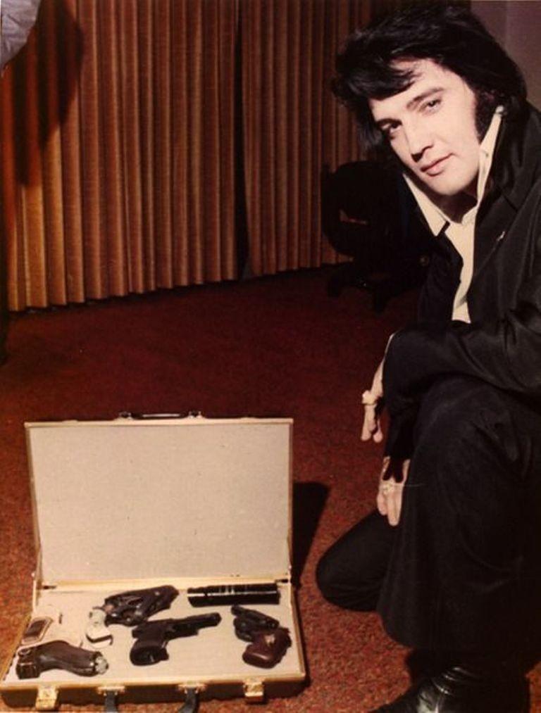"""Elvis-Presley-14 13 Shocking Secrets You Don't Know about """"Elvis Presley"""""""