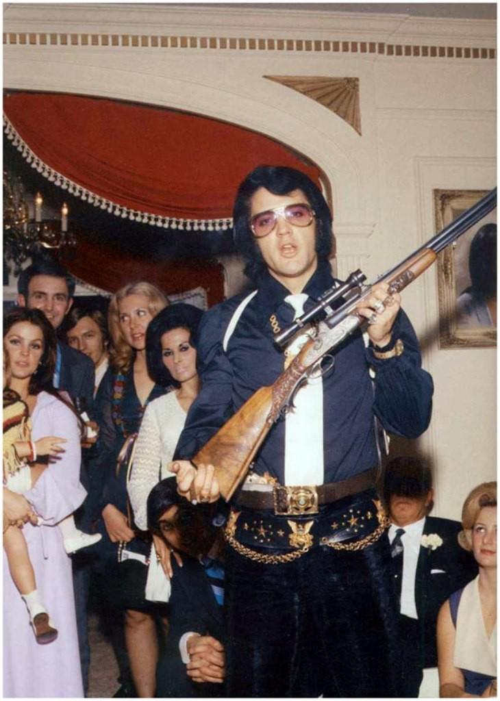 """Elvis-Presley-15 13 Shocking Secrets You Don't Know about """"Elvis Presley"""""""