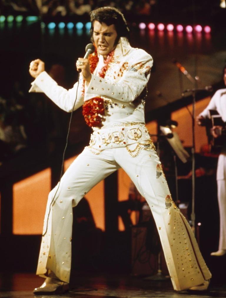 """Elvis-Presley-17 13 Shocking Secrets You Don't Know about """"Elvis Presley"""""""