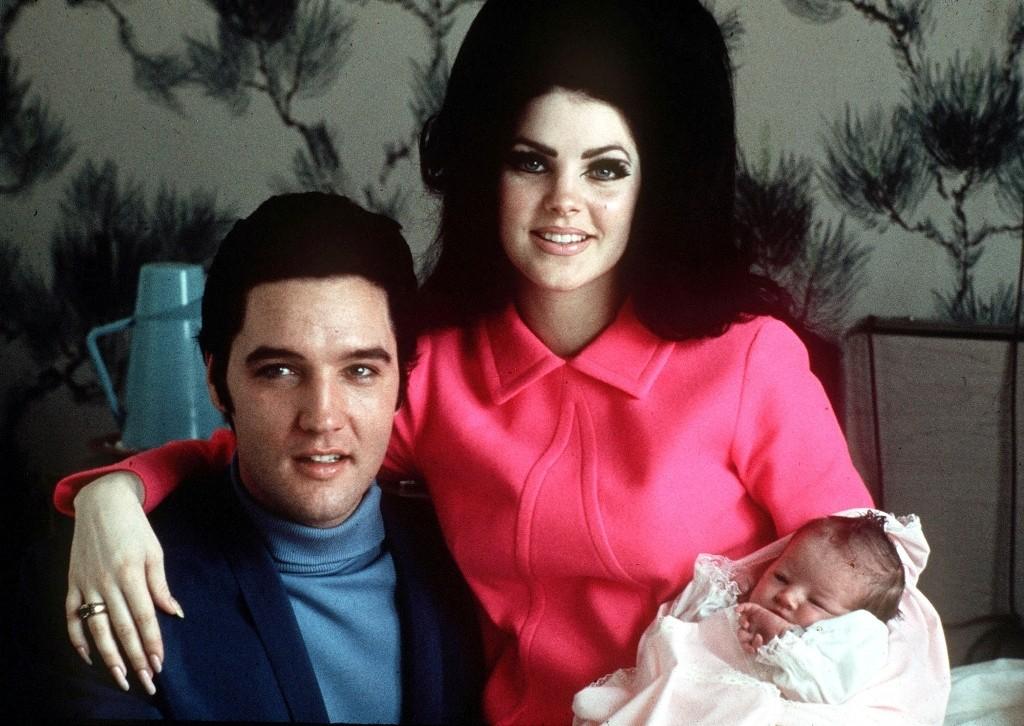 """Elvis-Presley-3 13 Shocking Secrets You Don't Know about """"Elvis Presley"""""""