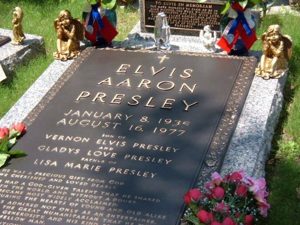 """Elvis-Presley-31 13 Shocking Secrets You Don't Know about """"Elvis Presley"""""""
