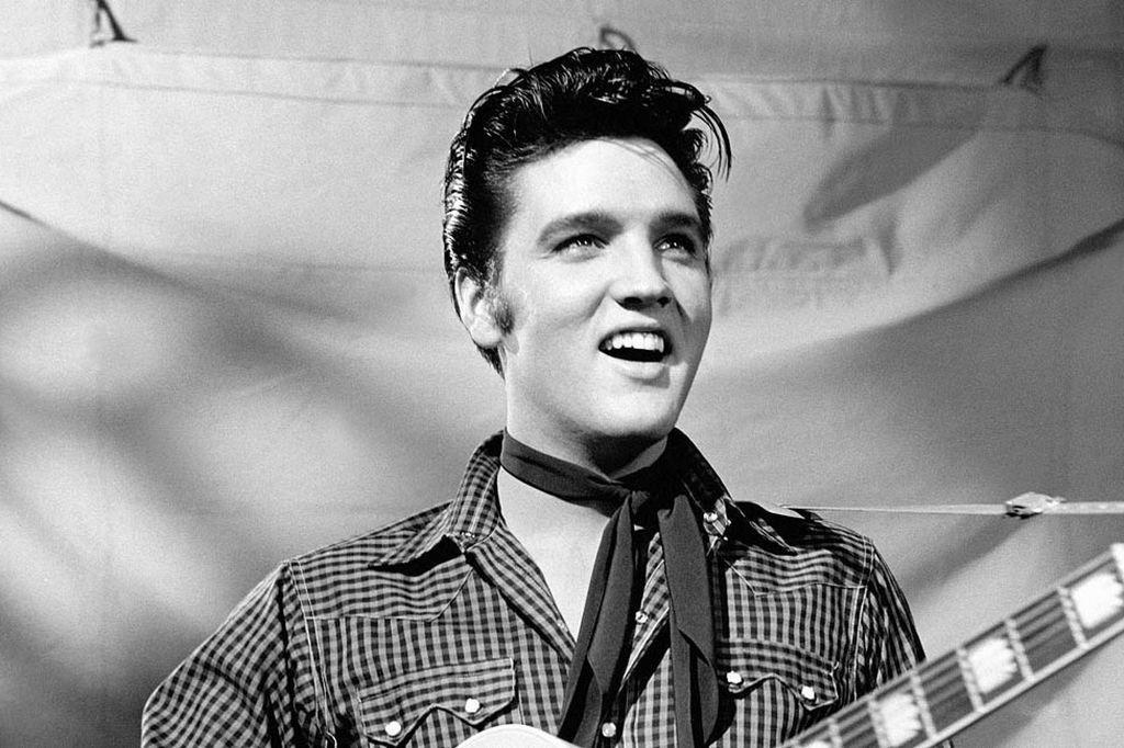 """Elvis-Presley-32 13 Shocking Secrets You Don't Know about """"Elvis Presley"""""""